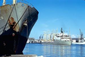 ccommons-Jean-Pierre Bazard-800px-Le_navire_cargo_''Rimon''